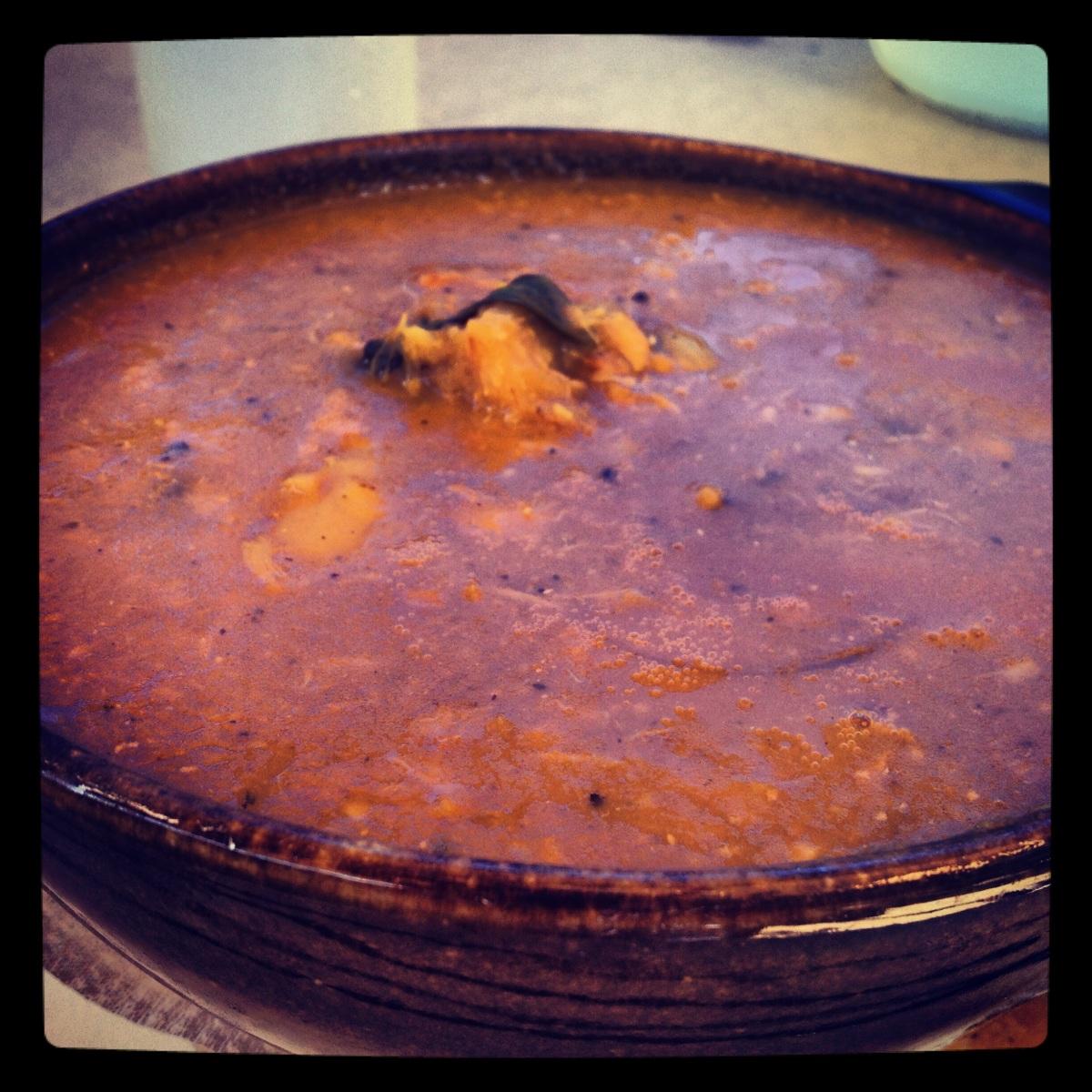 Sopa de cangrejo, local food